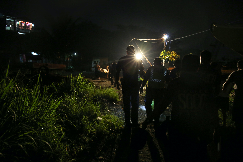 Meet the Female Nightcrawlers of Manila