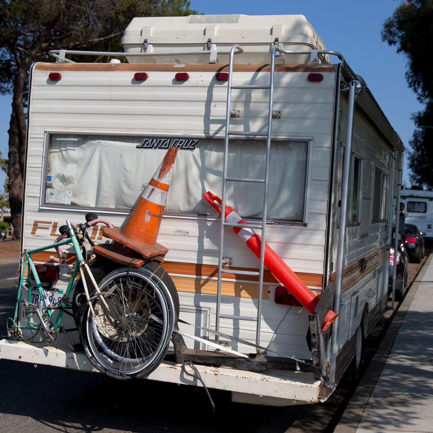 Life Inside the RVs of Silicon Valley
