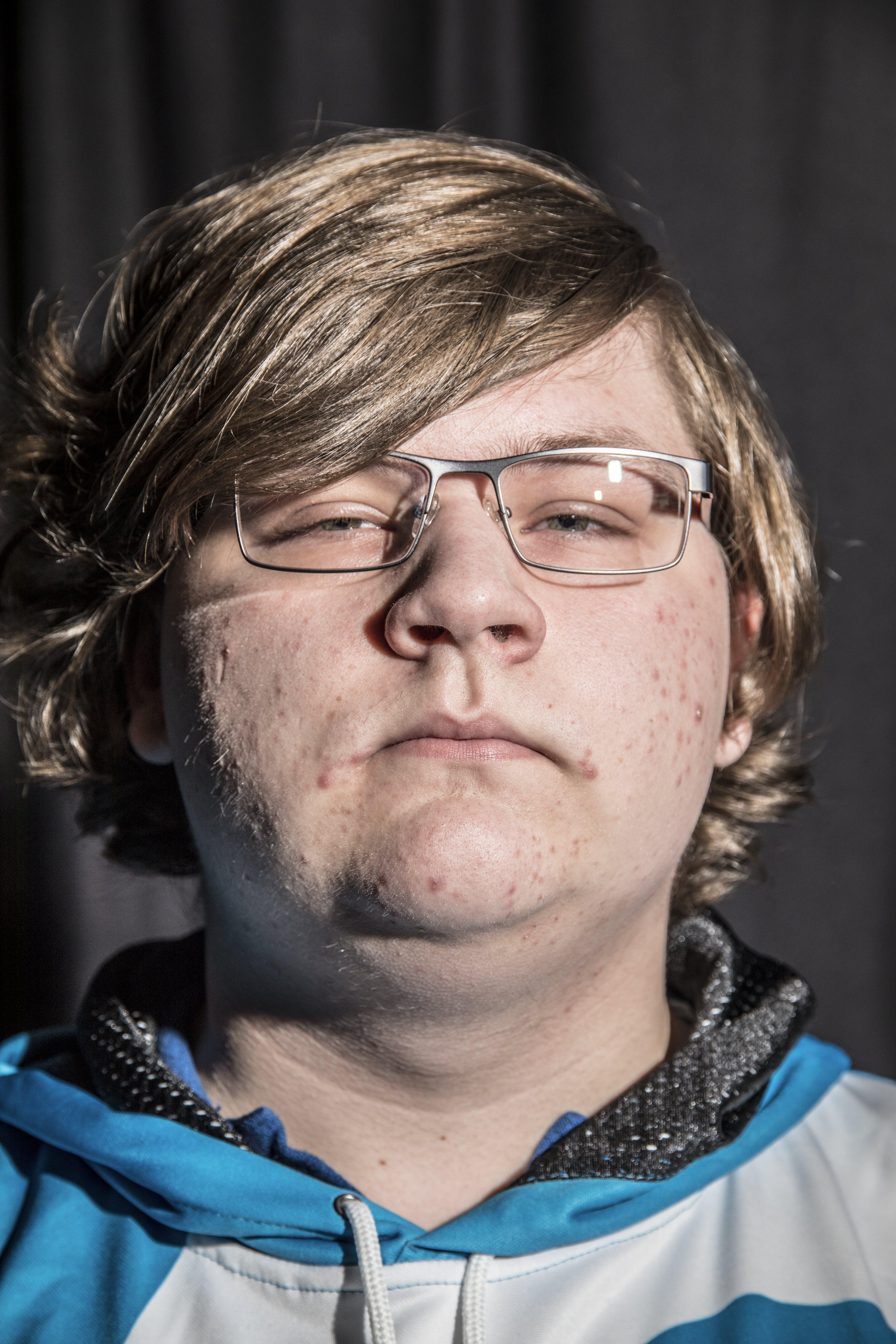 Matthew Thornton, 17, New Castle, Delaware. He is William Hamilton's agent.